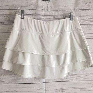 Athleta Skirts - Athleta White Ruffled Swagger Tennis Skirt Sz M